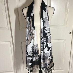Black White Gray Floral Rayon Large Scarf NWT